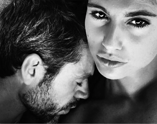 Luca Argentero Instagram La Moglie Cristina Marino Lo Fotografa In B N