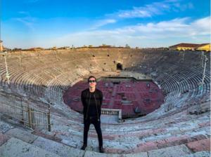 Diodato, Arena di Verona vuota: l'esibizione da pelle d'oca