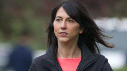 Jeff Bezos, l'ex moglie MecKenzie ha donato 1,7 miliardi di dollari. Ecco perché