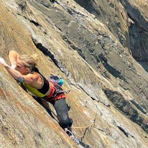 Storie di donne. Emily Harrington e la scalata da record: El Cap in 21 ore, 13 minuti e 51 secondi