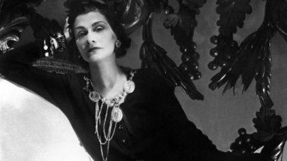 """Coco Chanel, il mito rivive in 150 scatti: """"La rivoluzione dello stile"""""""