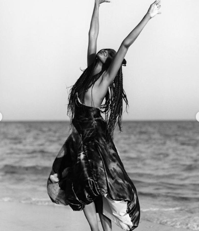 Naomi Campbell, in topless per i-D Magazine. La venere nera bella come non mai