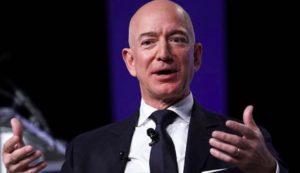 Jeff Bezos, è gara aperta: chi va prima nello spazio tra i più ricchi della terra