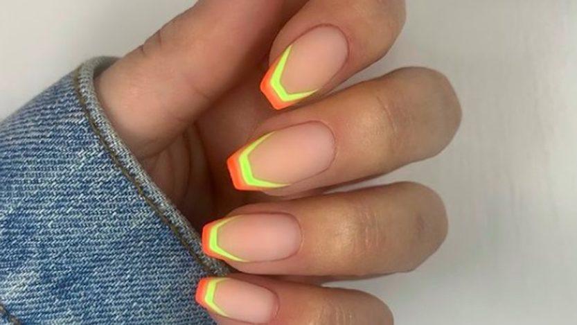 French manicure Estate 2021: un effetto nuovo di zecca, tutto da instagrammare