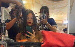 Deva Cassel a Venezia per Dolce&Gabbana: cresciuta e uguale a mamma Monica Bellucci