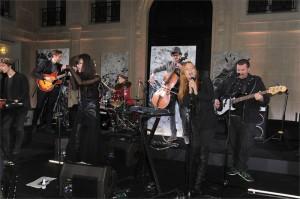 La performance degli Opération Juliette al party Redemption - Parigi