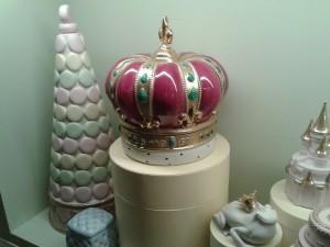 Corona Queen Elizabeth di Villari